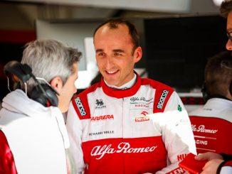 Kubica en el box de Alfa Romeo